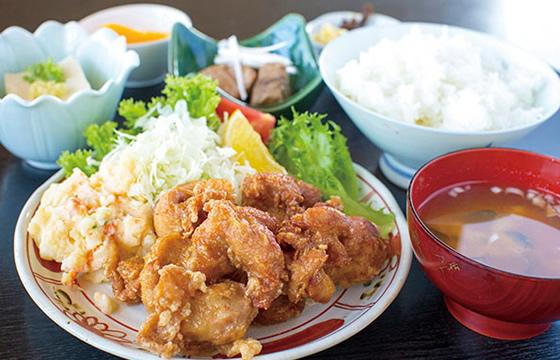 鶏の唐揚げ定食 750円